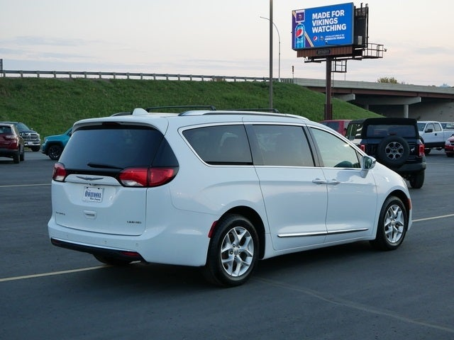 Certified 2020 Chrysler Pacifica Limited with VIN 2C4RC1GG9LR171833 for sale in Owatonna, Minnesota